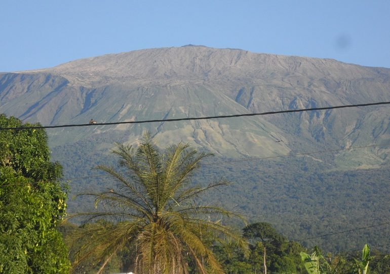 Is Mount Cameroon still an active volcano?